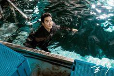 Song Seung Heon, Korean Drama Movies, Korean Actors, Korean Dramas, Black Korean, Korean Men, Best Kdrama, Netflix Dramas, Black Picture