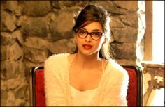 We all loved her as Meenamma in Chennai Express and as Mohini in Happy New Year, but there is more to the hot Deepika Padukone than just being the daughter of famous Indian badminton player, …