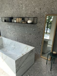 Terrazzo, Bad Inspiration, Bathroom Inspiration, Terrazo Flooring, Small Toilet, Bathroom Design Luxury, Bathroom Trends, Home Design Plans, Decoration