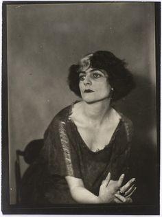 Luisa Casati by Man Ray, 1928