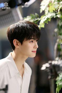 Cha Eunwoo [차은우] | Lee Dongmin [이동민] Korean Celebrities, Korean Actors, Kim Myungsoo, Cha Eunwoo Astro, Astro Wallpaper, Lee Dong Min, Idole, Sanha, Kdrama Actors