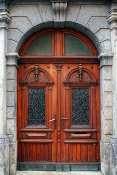 Door #Ljubljana #theslovenia #geoslo #ctdslovenia #people_of_ljubljana #Nikon #Tokina #RiccardoCuppini