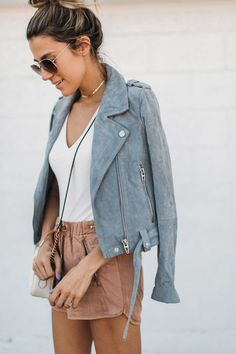 The Must Have Jacket This Season http://www.hellofashionblog.com/2017/03/the-must-have-jacket-this-season.html #MakeupCafe