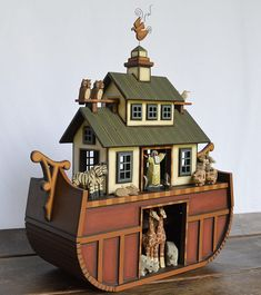AVAILABLE FOR IMMEDIATE CHRISTMAS DELIVERY!!!  Hand crafted wooden Noahs Ark made from Tulip Poplar and Bass Wood it comes with 10 pairs of