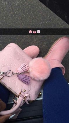 Best uggs black friday sale from our store online.Cheap ugg black friday sale with top quality.New Ugg boots outlet sale with clearance price. Ugg Boots Outfit, Mode Rose, Scream Queens, Look Vintage, Cute Purses, Backpack Purse, Cute Bags, Fashion Bags, Womens Fashion