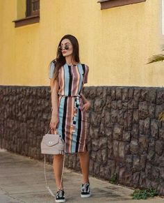 summer fashion 2019 to rock your winter style 53 Modest Wear, Modest Outfits, Skirt Outfits, Classy Outfits, Modest Fashion, Women's Fashion Dresses, Pretty Outfits, Girl Fashion, Casual Outfits