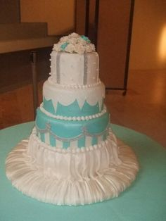 Tiffany Blue Wedding Cake #tiffanyblue #wedding #cake