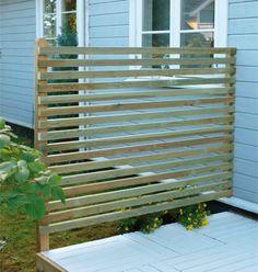 Bilderesultat for høye gjerder Garden Screening, Back Patio, Fence, Pergola, Condo, Backyard, Outdoor Structures, Architecture, House Styles