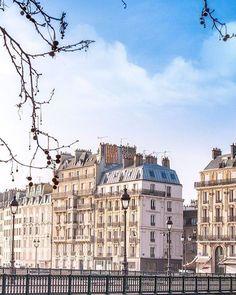 Hotels-live.com/pages/sejours-pas-chers - Follow @topfrancephoto . TOP Paris  par @frompariswithlove_photo  #topparisphoto Allez sur la galerie à la une pour partager les likes !! Look at the featured gallery to share the LVE #communityfirst Hotels-live.com via https://www.instagram.com/p/BC-fhhhMAI_/