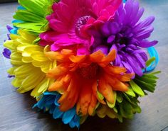 This listing is made to order and Includes 1 Colorful Silk Daisy Bouquet with 12 Beautiful Silk Artificial Gerbera Daisies in Yellow, Orange, Purple, Sage Green Daisy Bouquet Wedding, Gerbera Daisy Bouquet, Rainbow Bouquet, Sunflower Bouquets, Bride Bouquets, Wedding Flowers, Gerbera Daisies, Small Bouquet, Sunflowers