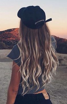 Are you looking for brown blonde peach blue purple pastel ombre hair color hairstyles? See our collection full of brown blonde peach blue purple pastel ombre hair color hairstyles and get inspired! Hair Inspo, Hair Inspiration, Summer Hairstyles, Cool Hairstyles, Camping Hairstyles, Brown Hairstyles, Latest Hairstyles, Blond Ombre, Pastel Ombre