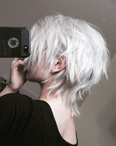 — noodle head Best Picture For modern punk hair For Your Taste You are looking for something, and it Pretty Hairstyles, Bob Hairstyles, Hairstyle Ideas, Tomboy Hairstyles, American Hairstyles, Hair Inspo, Hair Inspiration, Short Hair Cuts, Short Hair Styles