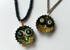 Whoooo's cute? These little guys! Make your own bottle cap owl pendants with this Junk to Jewelry Owl Necklace tutorial. Using bottle caps, glitter, some wire, and whatever beads you have left in your stash, you can make these cute, upcycled owls with very little effort.