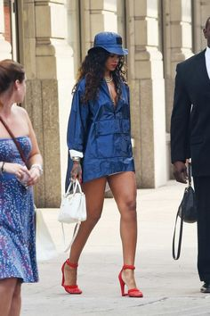 Rihanna Best Style Looks From Time To Time