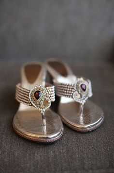 32db5b3756d5 Bridal sandals. Indian bridal fashion. What to wear to an Indian wedding  http