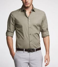 Formal Attire For Men, Formal Dresses For Men, Men Formal, Formal Shirts, Cotton Shirts For Men, Designer Suits For Men, Stylish Mens Outfits, Mens Style Guide, Business Casual Outfits