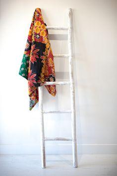 POISENETTA Kantha Quilt, Quilts, Ladder Decor, Vintage, Home Decor, Decoration Home, Room Decor, Quilt Sets, Vintage Comics