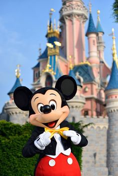 Come On to the magic travel! Disney Songs, Disney Art, Disney Pixar, Walt Disney, Disney Cruise, Minnie Mouse Pictures, Cute Disney Pictures, Disney Dream, Disney Magic