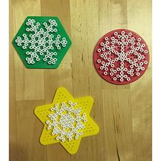 Snowflakes hama beads by _stefanie_la Pearler Bead Patterns, Perler Patterns, Bead Crafts, Diy And Crafts, Christmas Perler Beads, Hama Beads Design, Iron Beads, Melting Beads, Perler Bead Art