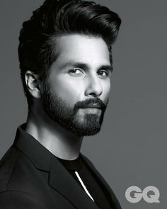Bollywood Couples, Bollywood Actors, Bollywood Celebrities, Mens Hairstyles With Beard, Haircuts For Men, Indian Beard Style, Punjabi Men, Handsome Indian Men, Gents Hair Style