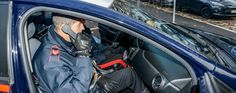 Sorpresi a vendere crack, gli trovano la droga in casa: due arresti a cura di Redazione - http://www.vivicasagiove.it/notizie/sorpresi-vendere-crack-gli-trovano-la-droga-casa-due-arresti/