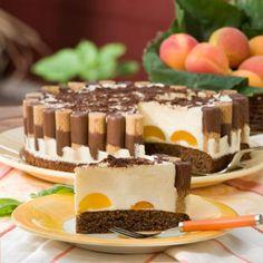 Aprikosen-Eierlikör-Torte