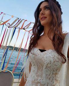 Jessica Lowndes, Turkish Beauty, Romantic Weddings, Fashion Addict, Wedding Gowns, Wedding Planning, Dream Wedding, Wedding Inspiration, Bride
