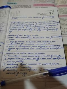 271 Times People Found Some Truly Perfect Handwriting Examples That Were Too Good Not To Share Amazing Handwriting, Handwriting Examples, Cursive Handwriting Practice, Handwriting Styles, Writing Pictures, Commonplace Book, Bullet Journal Themes, Writing Art, Study Motivation