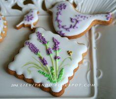 Lavender and Canary Cookies Tea Cookies, Galletas Cookies, Fancy Cookies, Flower Cookies, Easter Cookies, Royal Icing Cookies, Cupcake Cookies, Powdered Sugar Cookies, Summer Cookies