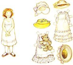 (⑅ ॣ•͈ᴗ•͈ ॣ)♡                                                             ✄Holly Hobbie paper doll and clothes