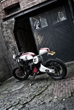 Yamaha XJ 600 Cafe Racer