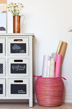 Chalkboard paint on dresser drawers... great idea for a creative kid's room!