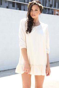 Pearl Collar Dress I want this!! Saving up too go shopping here! Best clothes evaaaa!!!