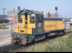 RailPictures.Net Photo: CNW 314 Chicago & North Western Railroad EMD SW1200 at Chicago, Illinois by Marty Bernard