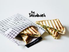 sandwich with guacamole, smoked tempeh, baby spinach Sugar Free Recipes, Baby Spinach, Tempeh, Quesadilla, Raw Vegan, Guacamole, Vegetarian Recipes, Sandwiches, Bread
