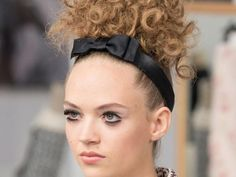 Chanel haute couture fall/winter 2016-17 beauty!