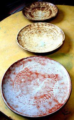 lee love. ikiru pottery