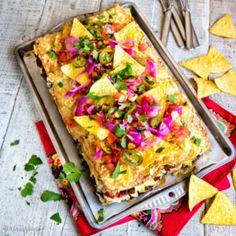 Lämmin voileipäkakku Food Pictures, Vegetable Pizza, Lasagna, Bread, Baking, Ethnic Recipes, Koti, Halloween, Finland