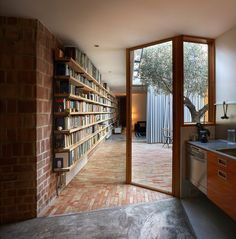 Ricart House by Gradolí & Sanz in Valencia, Spain | Yellowtrace