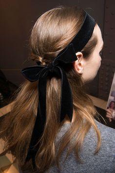 Velvet Bow | Holiday Trend.