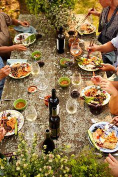 Dinner mit Freunden | Sommer Vibes | repinned by @hosenschnecke♡