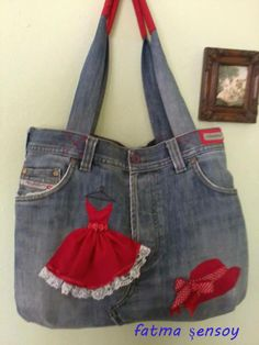 Finding a Free Purse Pattern You Can Sew – Bags & Purses Sacs Tote Bags, Denim Tote Bags, Denim Handbags, Denim Purse, Blue Jean Purses, Diy Sac, Denim Ideas, Denim Crafts, Denim And Lace