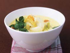 Fischeintopf mit Currysauce ist ein Rezept mit frischen Zutaten aus der Kategorie Eintöpfe. Probieren Sie dieses und weitere Rezepte von EAT SMARTER!