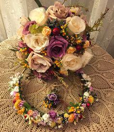 taç, gelin tacı, çiçekli taç, düğün, gelin, gelin çiçeği, çiçek, el buketi, buket, damat yaka çiçeği, bride, bride crown