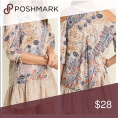🎉ON SALE🎉 COLD SHOULDER PAISLEY BOHO TUNIC DRESS 🎉ON SALE🎉COLD SHOULDER PAISLEY PRINT TUNIC BOHO DRESS, DRESS UP OR DOWN 75% cotton, 35% poly Dresses