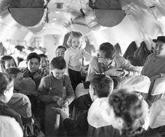 1956, mikor a magyar menekülteken segített a világ - kepek Concert, Recital, Concerts