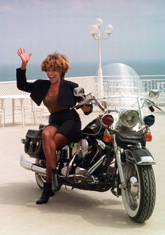 Tina Turner has attitude, hot looks and had a Harley. Tina Turner, Lady Biker, Biker Girl, Rock Queen, Vintage Black Glamour, Easy Rider, Soul Music, Motown, Poses
