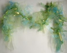 Seaweed garland for beach party Little Mermaid Makeup, Little Mermaid Parties, The Little Mermaid, Mermaid Under The Sea, Under The Sea Party, Merman Costume, Under The Sea Costumes, Mermaid Parade, Mermaid Room