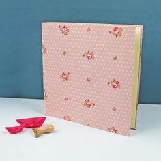 quadratisches-Fotoalben-rosa-Punkte