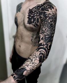 Japanese black and grey tattoo sleeve by fibs_ swipe to the side to see both photos! japaneseink japanesetattoo irezumi tebori 50 cool japanese sleeve tattoos for awesomeness Irezumi Tattoos, Tatuajes Irezumi, Tebori Tattoo, Tatuajes Tattoos, Black And Grey Tattoos Sleeve, Black Art Tattoo, Black Tattoos, Black Sleeve Tattoo, Japanese Sleeve Tattoos